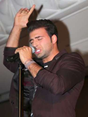 During a promotional event for the telenovela in Houston, Texas, Canela delighted fans with his music.