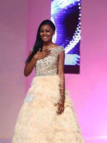 Procedente de Haut-Ogooué, esta joven de 20 años de edad pretende lograr en el ámbito del certamen internacional la primera corona universal de la belleza para su país.