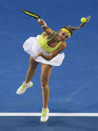 Serena Williams deja en el camino a Kirilenko en Australia.