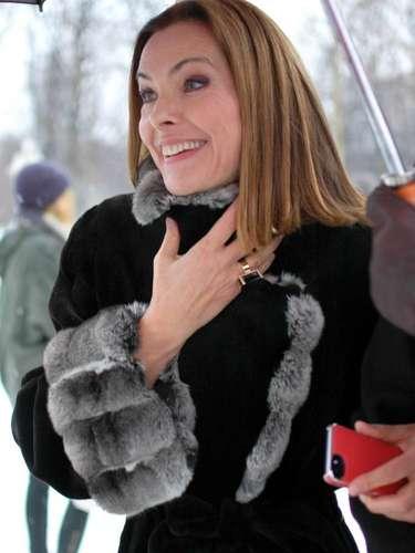 La actriz y modelo francesa Carole Bouquet, fue una de lasasistentes en el desfile de Dior.