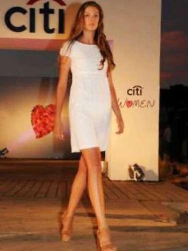 Ella es Micaela Orsiuna, la deslumbrante Latina, que representará al país del sur del continente americano, Uruguay, en el próximo certamen de Miss Universo.