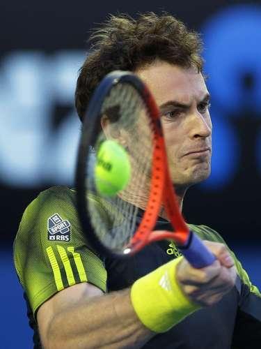 Murray comenzó más fuerte el partido que su rival.