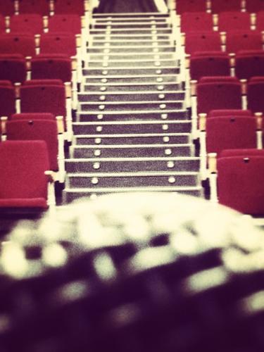 Jero Romero nos muestra una perspectiva a la que quienes vamos a sus conciertos no estamos acostumbrados a ver: Desde el micrófono.