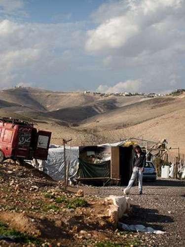 """Jericó se sitúa en Cisjordania y se cree que fueron los cananeos quienes la fundaron. Es mencionada en varios textos bíblicos como un sitio muy cercano al río Jordán y desde 1994, tras los llamados """"Acuerdos de Oslo"""", es parte de la administración de la Autoridad Palestina. Debido a su riqueza arqueológica, forma parte del patrimonio cultural histórico protegido por la UNESCO."""