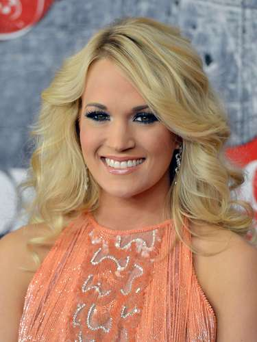 Country Solo Performance & Best Country Song - Carrie Underwood, 'Blown Away'