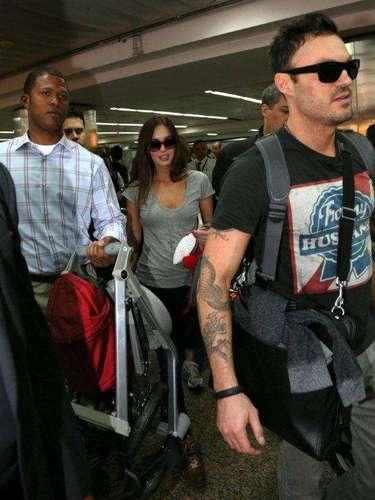La actriz viajó acompañada de su esposo, el también actor Brian Austin Green.