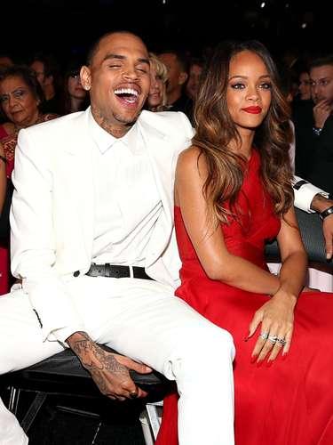 Brown comentó que lo venían persiguiendo para tomarle fotos y perdió control pero se sentía bien y se apareció con su adorada Rihanna.
