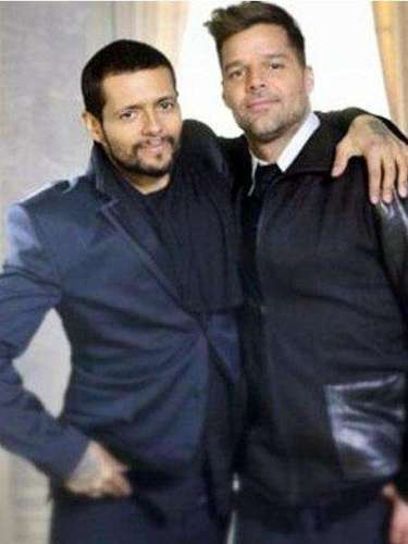 Draco Rosa & Ricky Martin will be performing their duet 'Más y Más', off Draco's upcoming album Vida, at the 25th anniversary of Premio Lo Nuestro. This will be the first time the BFFs sing the song on television.