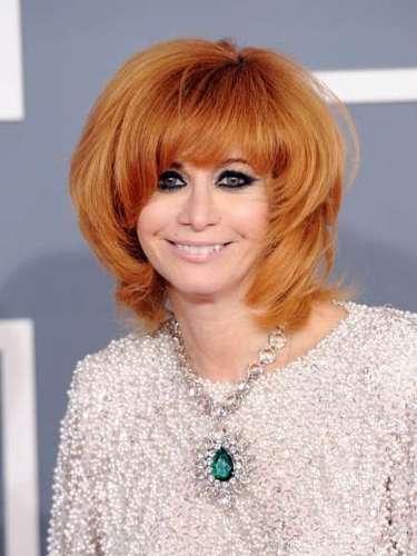 Hace décadas que es una 'it-girl', el haber sido la mujer y musa de una leyenda del punk como Johnny Ramone, líder de The Ramones, le ofrece un status que no está al alcance de cualquiera. Linda Ramone es una 'trendsetter' cotizada y una presencia inexcusable en todas las fiestas vip´s de Los Angeles y su cabellera naranja uno de sus distintivos.