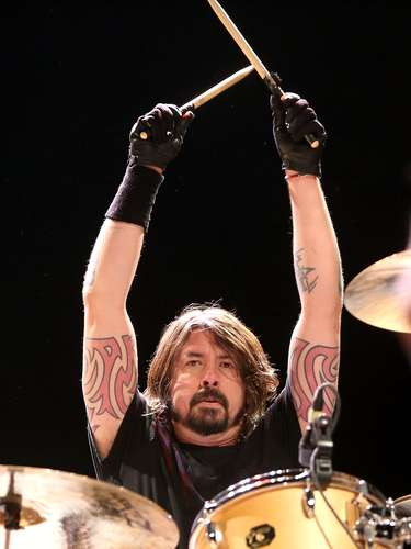 Love him or hate him, there's no denying Dave Grohl is hardest working man in rock. His latest endeavor is staring the Sound City Players, a band formed around his documentary, 'Sound City' about the legendary recording studio. The group -- who counts Dave's fellow Foo Fighters Taylor Hawkins and Pat Smear as well as Nirvana buddy Krist Novoselic, rocker Rick Springfield more among its members -- has been playing shows in US and stopped in New York City's Hammerstein Ballroom on February 13. Check out these awesome photos of the show!