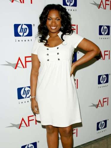 Su vida cambió cuando decidió participar en un concurso de canto 'American Idol', que en su tercera temporada la tuvo como la séptima finalista. Aunque Jennifer ya había grabado discos, ninguno había tenido una repercusión importante.