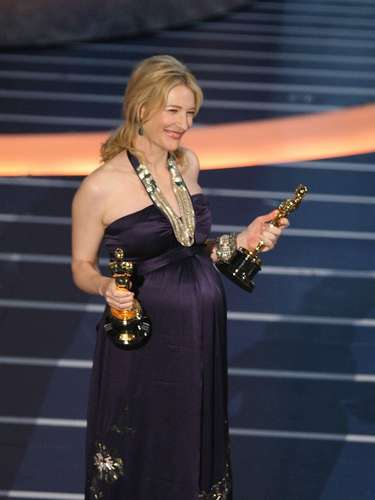 La actriz estabanominada en dos categorías: Mejor Actriz por 'Elizabeth: The Golden Age'y Mejor Actriz de Reparto por 'I'm Not There'. Lamentablemente no ganó ningún Oscar.