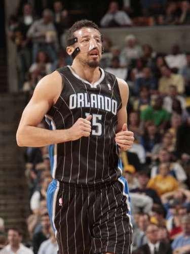 El alero turco Hedo Turkoglu fue el Jugador Más Mejorado de la NBA en 2008, además de haber sido subcampeón mundial en Turquía 2010.