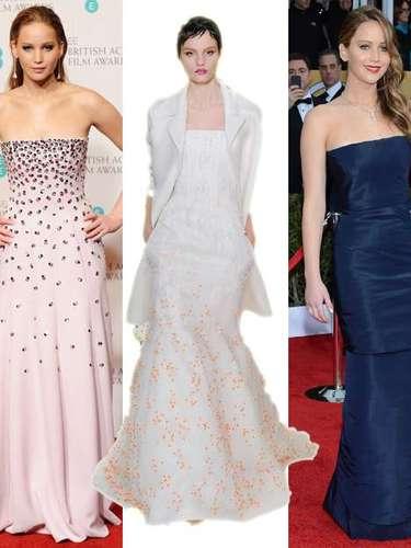Diorparece haber encontrado en Jennifer Lawrence su mejor embajadora. Tanto en los BAFTA (derecha), como en los Screen Actors Guild Awards (izquierda), ha llevado dos modelos de alta costura de la firma británica. Desde Terra apostamos por este vestido de Dior Alta Costura primavera-verano,strapless blanco hielocon aplicaciones brillantes.