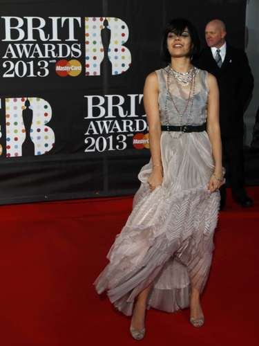 Bat For Lashes arrives for the BRIT Awards, celebrating British pop music, at the O2 Arena in London February 20, 2013. REUTERS/Luke Macgregor (BRITAIN  - Tags: ENTERTAINMENT)