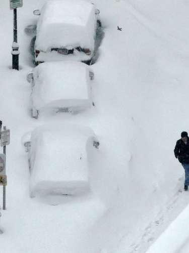 Las autoridades emitieron alertas de tormenta invernal en al menos 18 estados desde Colorado hasta Illinois. El temporal proviene de California y se dirige a las planicies centrales y al medio oeste, según informes de CNN.