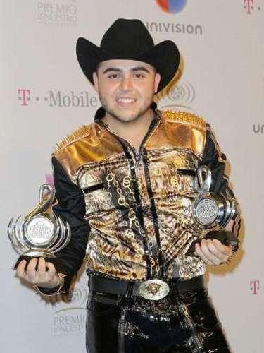 Ortiz se llevó dos Premio Lo Nuestro en las categorías deCanción del Año yArtista Norteño del Año