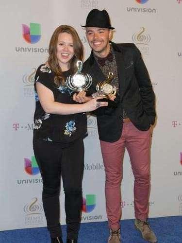 El dueto ganó comoGrupo o Dúo del Año y por Video del Año por su canción 'Corre'. ¡Seguramente ellos querían correr pero de alegría!