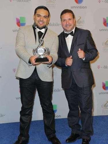 ¿Y dónde quedaron los demás? La agrupación Montéz de Durango ganaron el Premio Lo Nuestro en la categoría deArtista Duranguense del Año