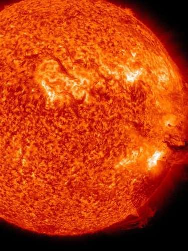 Y es que en solo tres años, los expertos han presenciado una evolución creciente del ciclo solar, que culminará este año, siendo este 2013 el período con mayor actividad. Es por esto, que se esperan más llamaradas y tormentas solares.