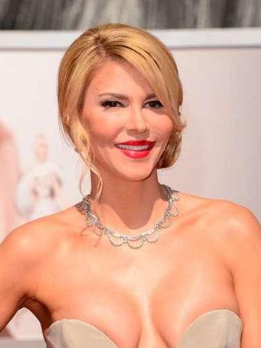 Brandy Glanville, La estrella de reality RumorFix eso es realmente una ama de casa real en la alfombra roja Oscar.
