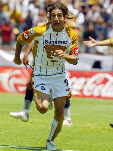 El argentino Bruno Marioni jugó cuatro torneos cortos con Pumas, el Clausura 2004 fue el mejor, ya que obtuvo el título de goleo y el campeonato de liga. Dejó al equipo en el Clausura 2006 para ir a Toluca.