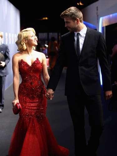 Shakira andaba de malas con su entonces pareja Antonio de la Rúa, cuando en medio de la grabación del video musical desu éxito 'Waka waka' conoció a la estrella del fútbol español, Gerard Piqué.