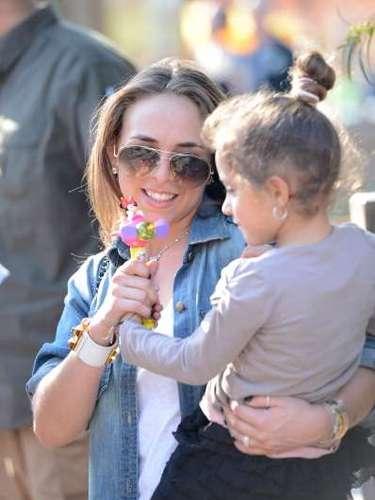 Green no sólo se dejó fotografiar con el cantante sino que también fue fotografiada con los gemelos que Marc tuvo con Jennifer López.