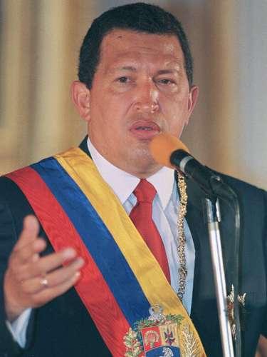 Mientras, Estados Unidos consideraba la Revolución Bolivariana de Chávez como una fuerza desestabilizadora y un obstáculo para el progreso en la región, según un artículo publicado por CNN. Además, acusaron al gobierno de Chávez de poner en riesgo la democracia en Venezuela y criticaron su alianza con algunos de los principales enemigos de Washington, entre ellos Cuba e Irán.