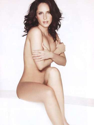 La actriz de 'Preciosa' y 'Confidente de Secundaria' se despojó de su inocencia para desnudar sus atributos en las páginas de la polémica revista.