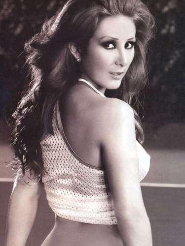 Mariana Ávila sorprendió al aparecer en el número de septiembre de 2009. La actriz de telenovelas eligió una cancha de tenis para deleitar la pupila del lector masculino.