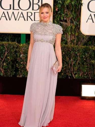 La bella actriz de House of Lies, Kristine Bell dió a luz a su primera hija con su prometido Dax Shepard.