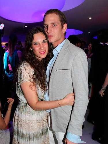La familia Grimaldi ya tiene un miembro más. Andrea Casiraghi, de 28 años, y su novia, Tatiana Santo Domingo, de 29, se convirtieron en padres de un niño al que han llamado Raoul, el pasado mes de marzo, convirtiendo en abuela primeriza a la princesa Carolina de Mónaco, que acaba de cumplir 56 años.