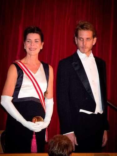 El hijo mayor de Carolina de Mónaco,Andrea Casiraghi y Tatiana Santo Domingo, han sido padres de un niño al que han llamado Raoul, lo que convierte en abuela primeriza a la primogénita del príncipe Rainiero de Mónaco.