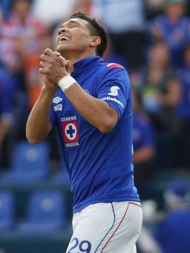 Teofilio Gutierrez also lost some scoring opportunities to put Cruz Azul ahead.