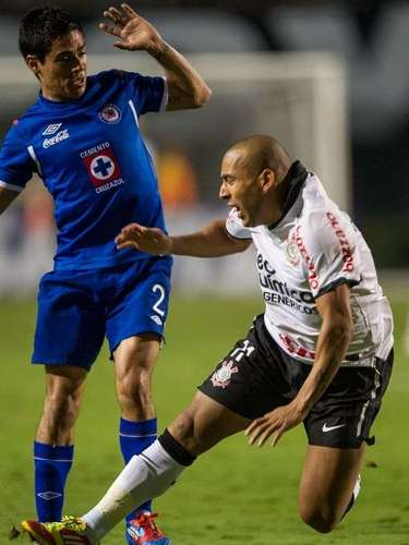 2012 - Corinthians 1-0 Cruz Azul - Fase de Grupos