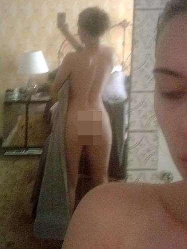 Scarlett Johansson: las fotos íntimas de la actriz dieron la vuelta al mundo a través de la red. Las imágenes de la actriz -desnuda- frente al espejo. El celular de la actriz había sido robado, así que ya estaba preparada con una demanda cuando las imágenes se difundieron.