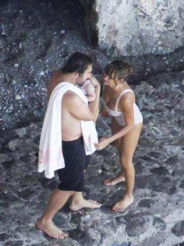 La pareja ha sido fotografiada en Bahamas, donde han disfrutado de unos días de relax antes de confirmar la noticia de su segunda paternidad.
