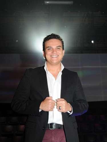 Silvestre Dangond. Si de vallenato se habla, Silvestre es el papá del género en la actualidad. El cantante es considerado uno de los principales representantes de la \