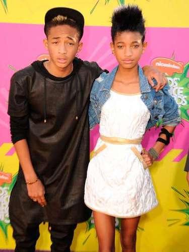 Willow y su hermano Jaden Smith llegan a la versión número 26 de los Nickelodeon Kids 'Choice Awards en la USC Galen Center el 23 de marzo de 2013 en Los Angeles, California