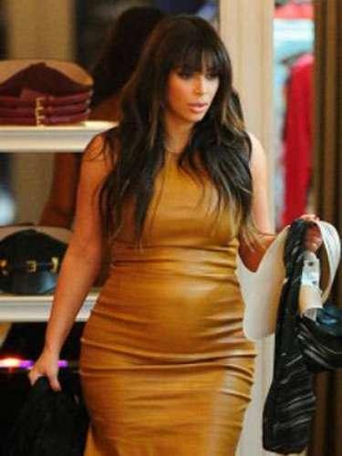Este ajustado vestido rojo de cuero ha sido uno de los modelos más criticados por los blogueros