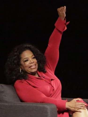 Oprah Winfrey, la mujer más influyente de Hollywood, también encabeza nuestro listado de celebridades que tienen la característica de ser zurdas.