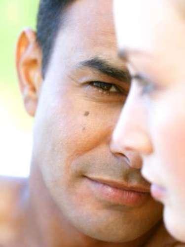 Los homoclitos. Los psicólogos han acuñado este nuevo vocablo, al que han dado la acepción de hombre cerrado. Tales individuos insisten en que sus respuestas, por general muy constreñidas y controladas son las correctas.