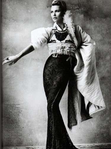 Testino anunciaba desde el año pasado el proyecto de promover Perú a través de la moda y con ayuda de Vogue y es ahora en 2013 cuando vemos que su sueño se hizo realidad con gran éxito.