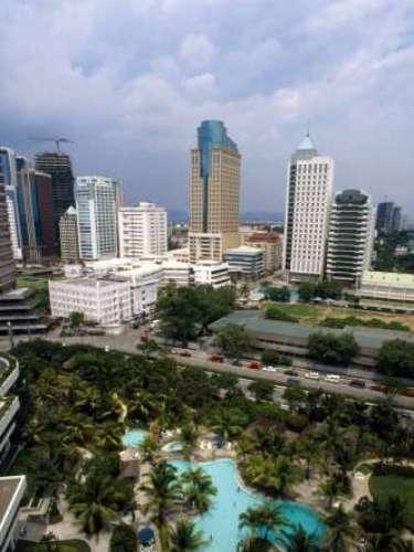 La capital filipina sirvió como un importante puesto comercial con China durante la dinastía Ming. Originalmente el nombre de la ciudad era Ginto (Gold).