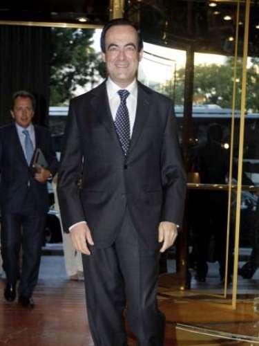 Dicho comentario lo hizo refiriéndose a la decisión del premier británico de recibir al entonces candidato del conservador Partido Popular, Mariano Rajoy. Su interlocutor sonrió ante ese comentario y dijo que Blair les había \