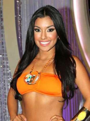 Zuleika Silver, luego de quedar en peligo en esta gala, la mexicana de 21 años de edad, hace parte del grupo de Lupita Jones. Nació en Tijuana, Baja California, es soltera y asegura que su talento especial es actuar