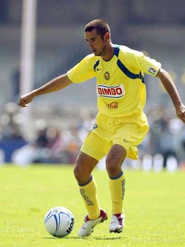 Raúl Salinas era parte de la zaga azulcrema