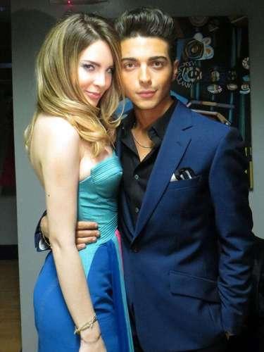 Luego del show, Beli posó bien acaramelada con uno de los vocalistas del grupoGianluca Ginoble.