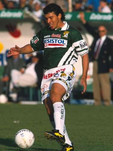 Paco Uribe fue el anotador del primer gol del partido en los cuartos de final ante América, en el torneo Verano 2001.